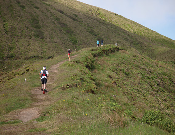 Trail running in Faial