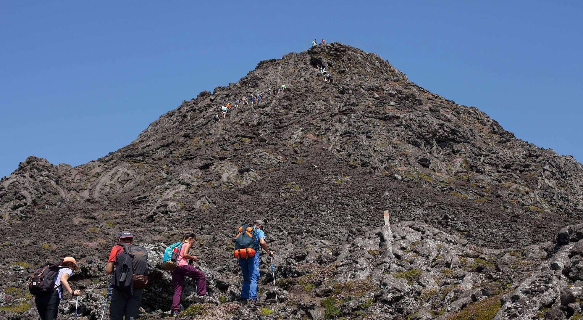 the mountain of pico